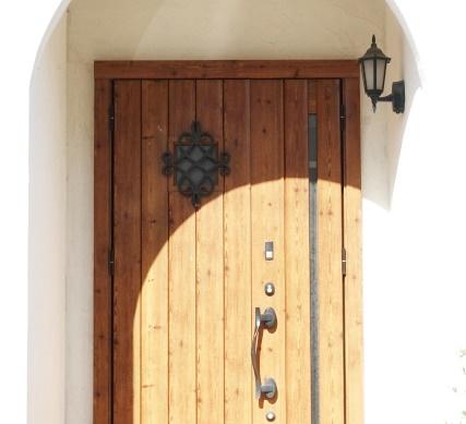 おしゃれな玄関ドア