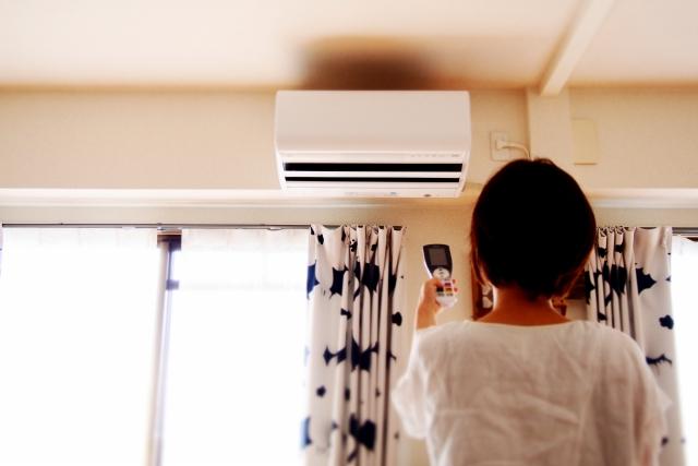 エアコン暖房時の水漏れ⇒室外機から?室内機から?【ここをチェック】