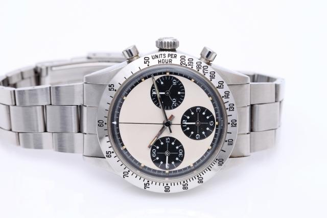 wired(ワイアード)の時計はダサい?評判を調査!日付合わせの方法や電池交換の最安値料金
