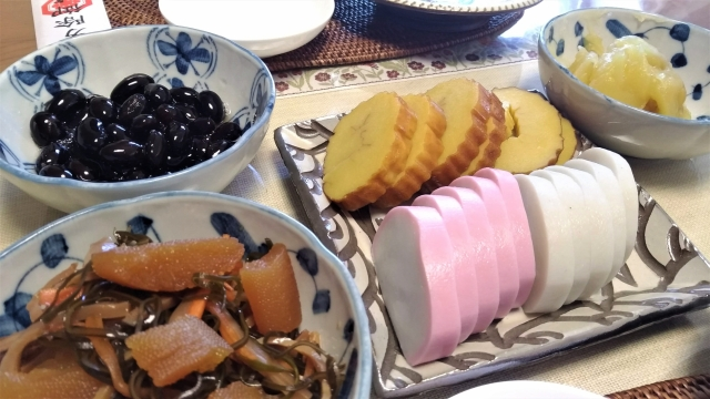 北海道はおせちいつ食べる?お節の特徴や定番の中身が本州と違う噂を検証